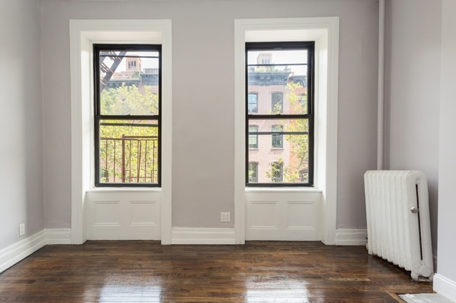 456 West 22nd Street, Unit 3B Image #1
