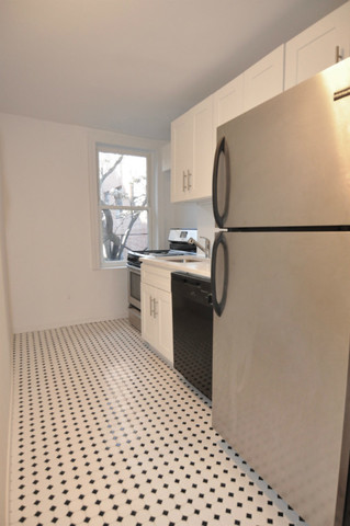 94 St Marks Place, Unit 8 Image #1