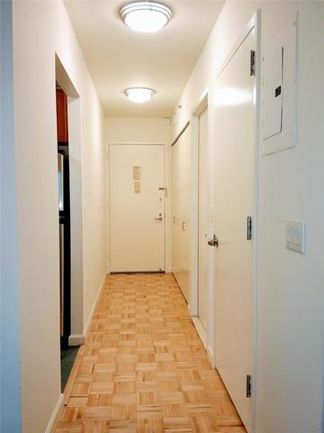 20 River Terrace, Unit 14Q Image #1