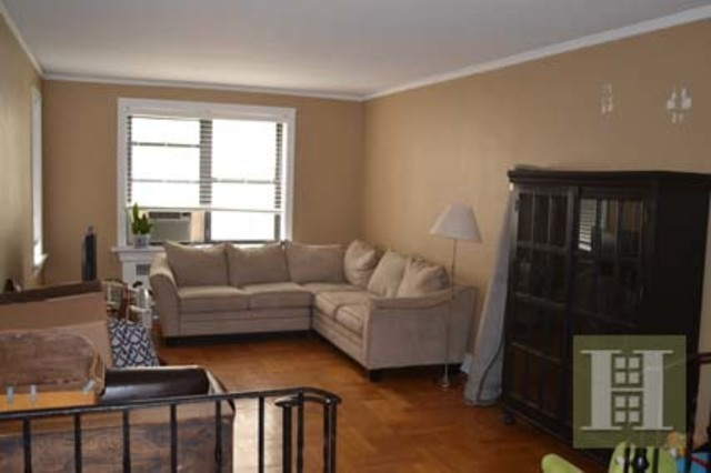802 West 190th Street, Unit 4A Image #1