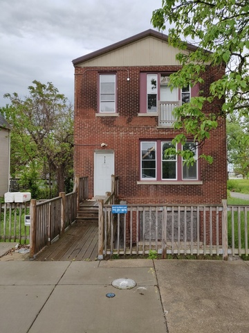 9139 South Buffalo Avenue Chicago, IL 60617