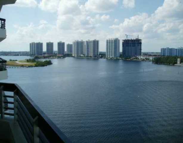 3600 Mystic Pointe Drive, Unit 1402 Image #1