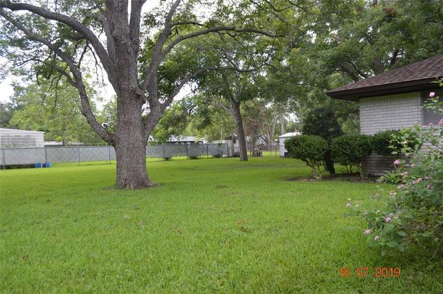 1100 East 7th Street Sweeny, TX 77480