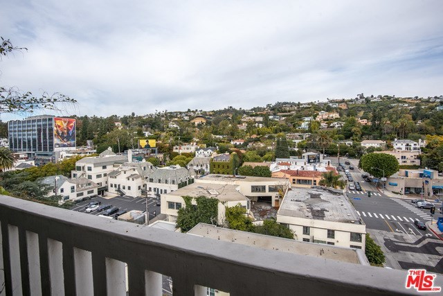 999 North Doheny Drive, Unit 1004 West Hollywood, CA 90069