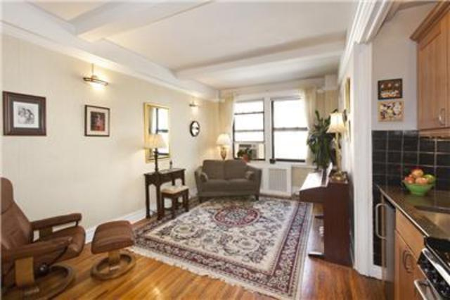 457 West 57th Street, Unit 1511 Image #1