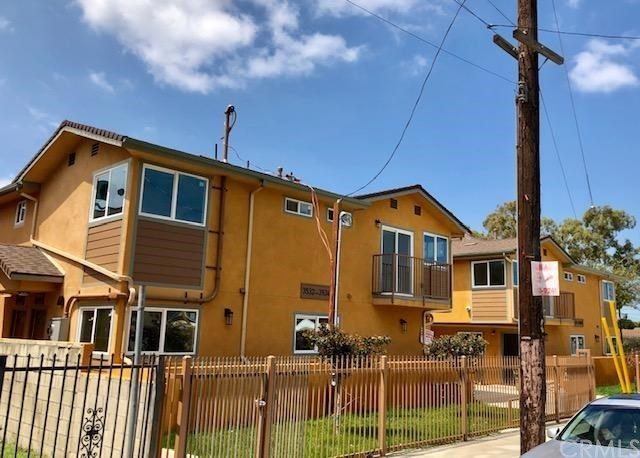 3534 67th Los Angeles, CA 90043