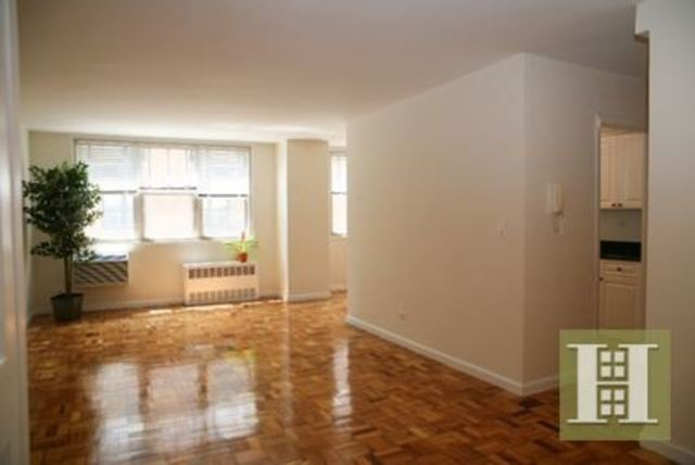 222 East 19th Street, Unit 6A Image #1