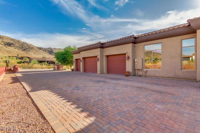 2530 West Elliot Road Phoenix, AZ 85041