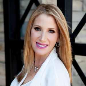 Robyn Zieper, Agent in Los Angeles - Compass