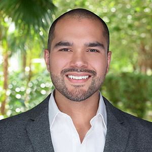 Lucas Gomez,                       Agent in Miami - Compass