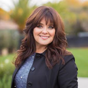 Julie Larsen,                       Agent in San Francisco - Compass