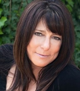 Cindy Festa,                       Agent in Los Angeles - Compass