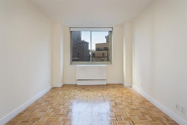 30 West 63rd Street, Unit 10U Image #1