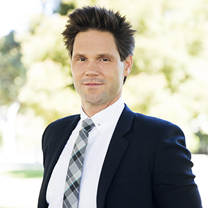 Nate Smith,                   Agent in Los Angeles - Compass