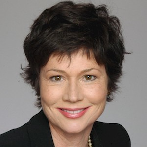Jane Poppelreiter,                     Agent in San Francisco - Compass