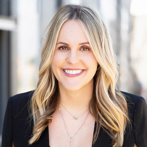 Kaitlyn Wolfcale,                       Agent in Nashville - Compass
