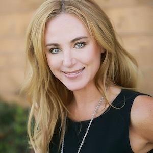Jen Koehnen,                     Agent in San Diego - Compass