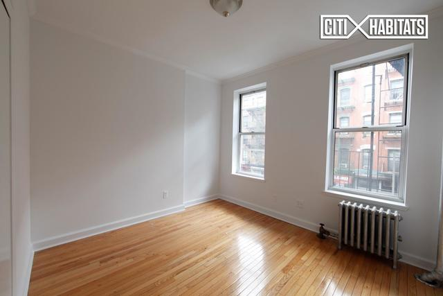 325 East 12th Street, Unit 6E Image #1