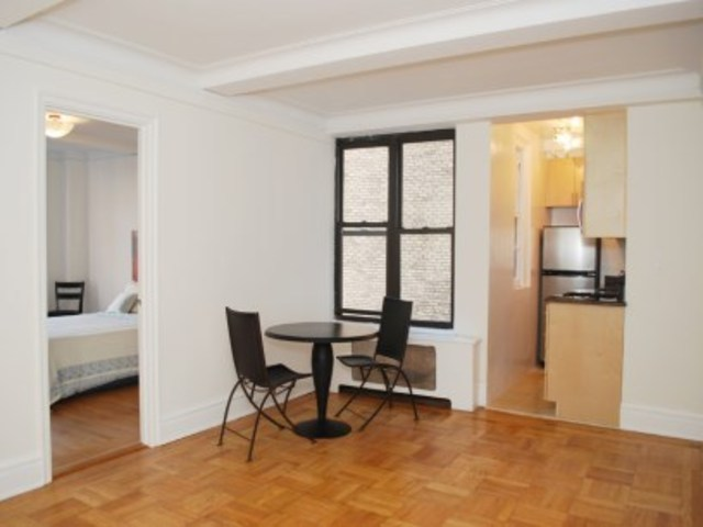 333 East 53rd Street, Unit 6A Image #1