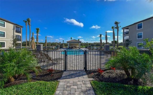 17006 Vardon Terrace, Unit 208 Bradenton, FL 34211