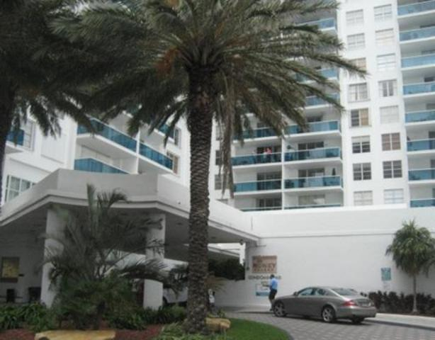 2301 Collins Avenue, Unit 504 Image #1