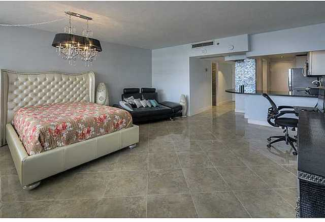 100 Lincoln Road, Unit 809 Image #1