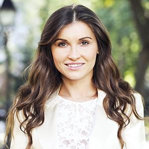 Larisa Bordanova, Agent in NYC - Compass