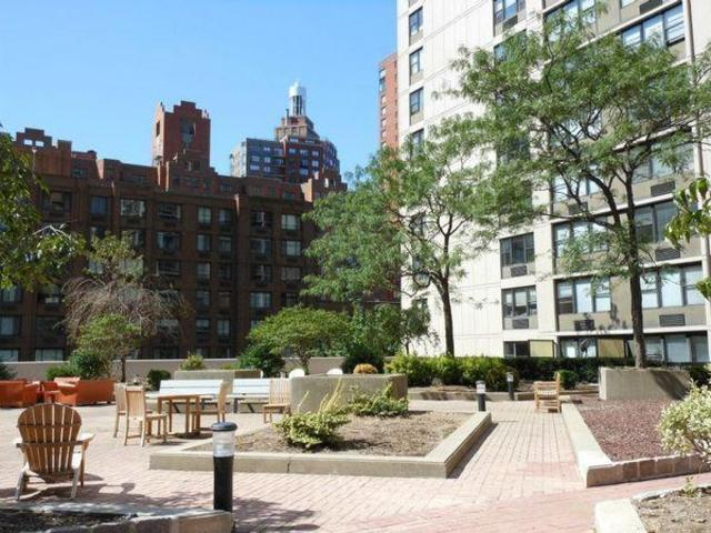 355 South End Avenue, Unit 34D Image #1