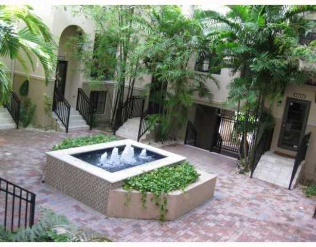 2771 Coconut Avenue, Unit 2771 Image #1