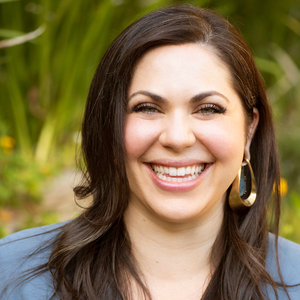 Allie Altschuler, Agent in Los Angeles & Orange County - Compass
