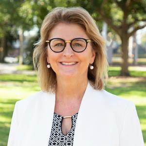 Lisa Da Silva, Agent in Florida Gulf Coast - Compass