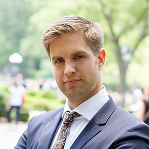 Sean McPeak,                     Agent in NYC - Compass