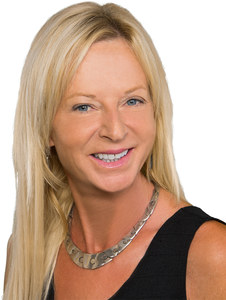Marnie Balog,                       Agent in Los Angeles - Compass