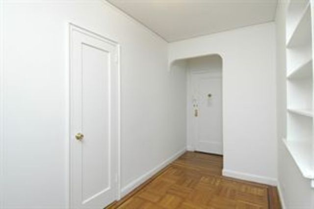 30 Bogardus Place, Unit 3H Image #1