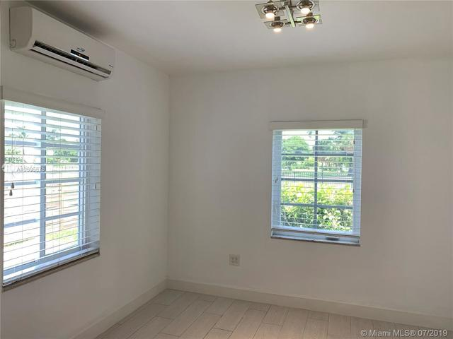 125 South Shore Drive, Unit 1 Miami Beach, FL 33141