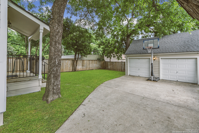 112 Wildrose Avenue Alamo Heights, TX 78209