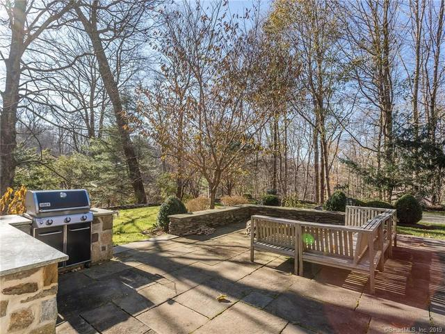 94 Wykeham Road Washington, CT 06793