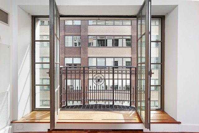 43 West 64th Street, Unit 6B Manhattan, NY 10023