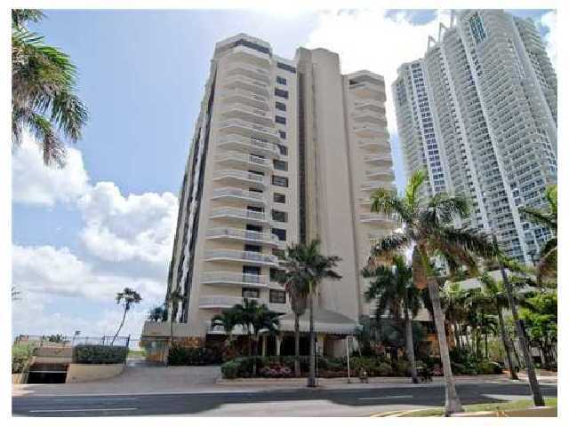 6423 Collins Avenue, Unit 502 Image #1