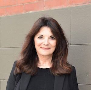 Lynnette Giusti,                     Agent in San Francisco - Compass