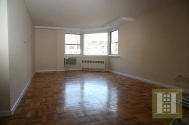 201 East 19th Street, Unit 9B Image #1