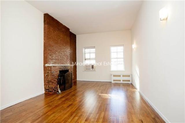 118 East 11th Street, Unit 3B Image #1