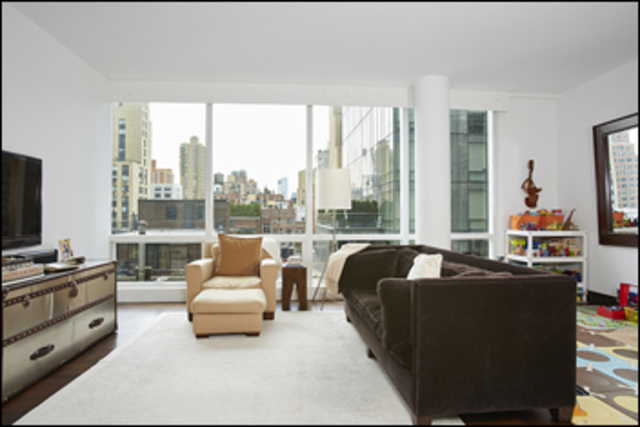 151 East 85th Street, Unit 8K Image #1