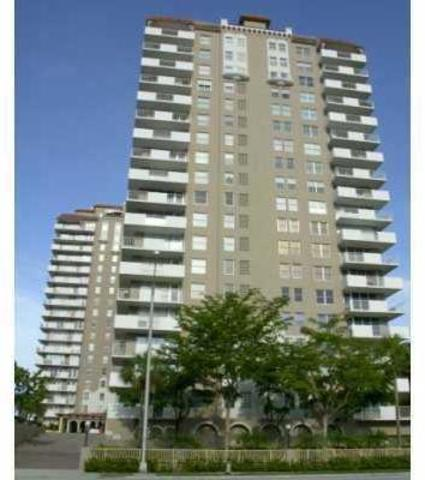 1920 South Ocean Drive, Unit 18D Image #1
