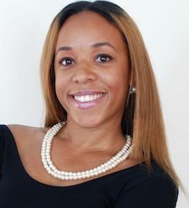 Liz Davis,                     Agent in Los Angeles - Compass