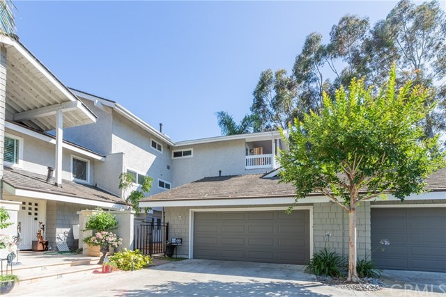 7 Islandview, Unit 15 Irvine, CA 92604
