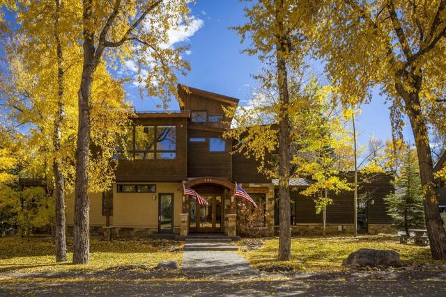 735 West Smuggler Street Aspen, CO 81611