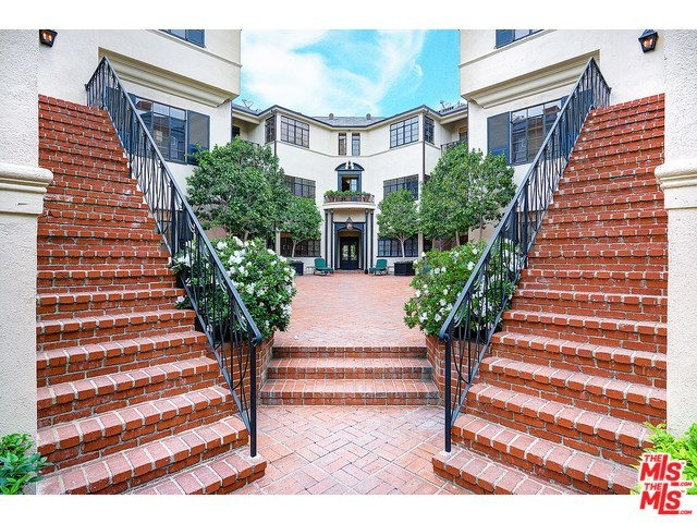 149 South Rodeo Drive Beverly Hills, CA 90212