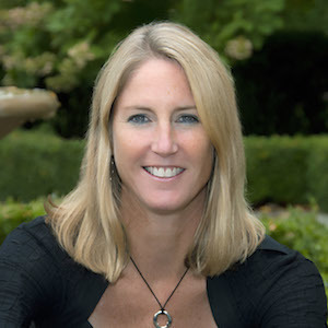 April Callahan,                     Agent in Chicago - Compass