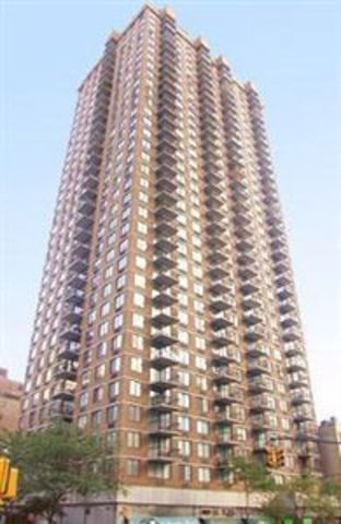 300 East 54th Street, Unit 2B Image #1